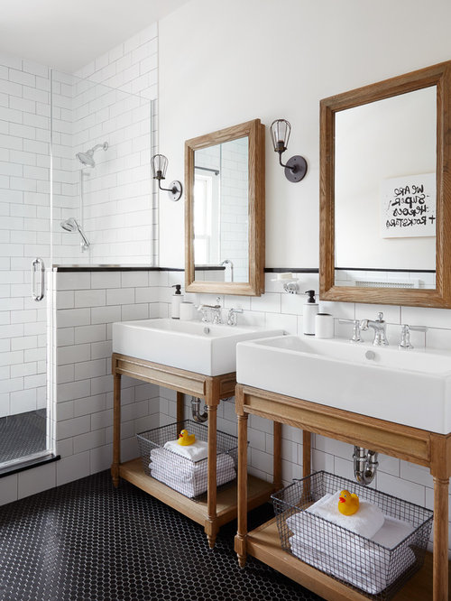 Skandinavische badezimmer mit metrofliesen ideen design for Badezimmer 4 5 m2