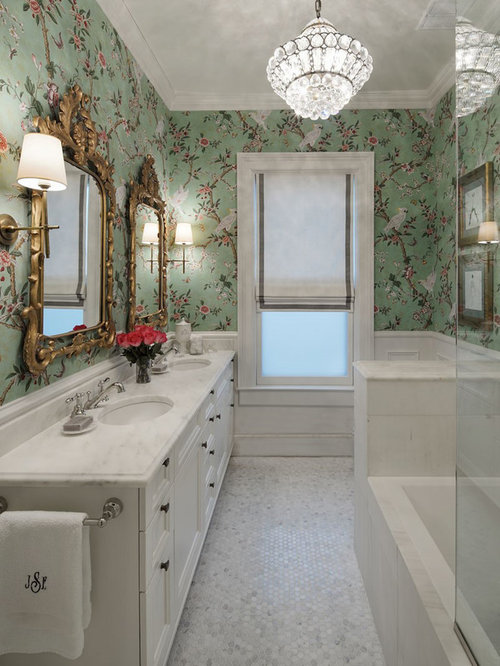 salle de bain victorienne avec une baignoire en alc ve photos et id es d co de salles de bain. Black Bedroom Furniture Sets. Home Design Ideas