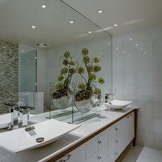 Modern Bathroom by Michael Laurenzano Photography