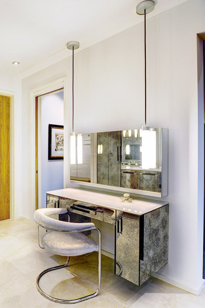 8 modern dressing tables for unflouncy women - Modern bathroom dressing table ...
