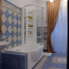 Traditional Bathroom by Zimina Inna