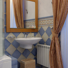 eclectic bathroom by Zimina Inna