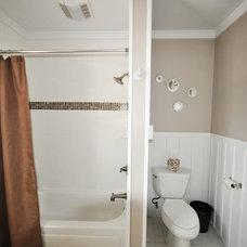 Traditional Bathroom by Home Shoppe Hawaii LLC - OAHU REAL ESTATE