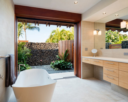 4 000 tropical bath design ideas remodel pictures houzz for Skylights of hawaii llc