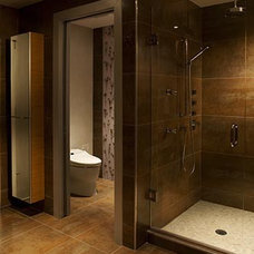 Contemporary Bathroom by Karen Luria Interior Identity Inc.