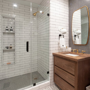 Delicieux Example Of A Country 3/4 Black And White Tile And Subway Tile White Floor