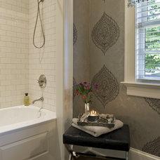 Traditional Bathroom by Archer & Buchanan Architecture, Ltd.