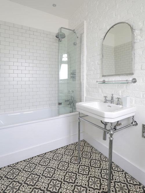 Mediterranean bathroom design ideas remodels photos for Small mediterranean bathroom