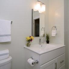 Contemporary Bathroom by Case Design/Remodeling, Inc.