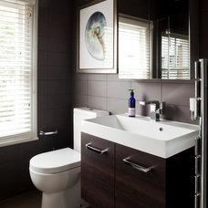 Contemporary Bathroom by Diego Correa Interior Design