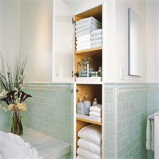 Idee per una stanza da bagno classica con piastrelle diamantate