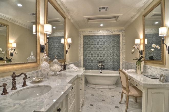 Bathroom/Master/shower & tub configurations