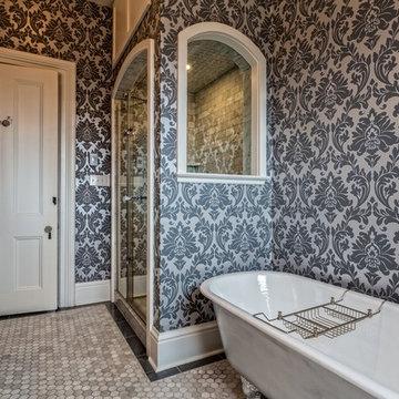 Kid's custom bathroom