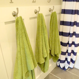 Inspiration for a timeless bathroom remodel in Richmond