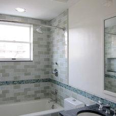 Modern Bathroom by Neuhaus Design Architecture, P.C.