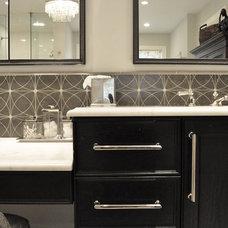 Contemporary Bathroom by Rebekah Zaveloff | KitchenLab