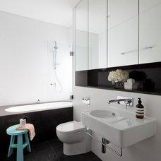 Modern Bathroom by Horton & Co. Designers