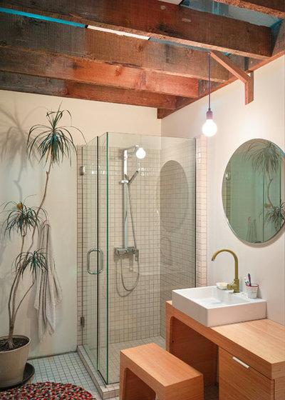 Industrial Bathroom by MCAS - Max Capocaccia Architecture Studio