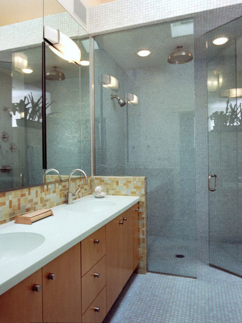 Inspiration For A Contemporary Bathroom Remodel In Chicago