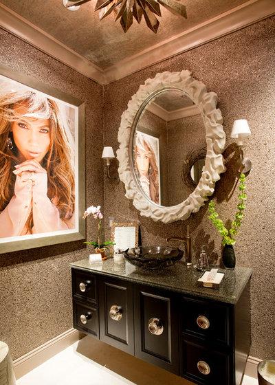 Современный Ванная комната by Rikki Snyder