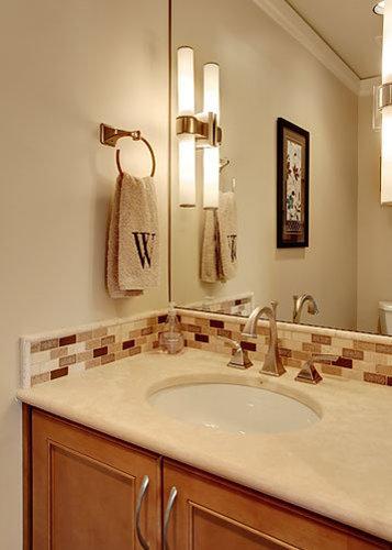 salles de bains et wc avec un plan de toilette en calcaire et un sol en bambou photos et id es. Black Bedroom Furniture Sets. Home Design Ideas