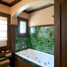 Craftsman Bathroom by Joseph Metzler / SALA Architects