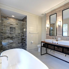Modern Bathroom by West Architecture Studio
