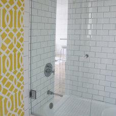 Contemporary Bathroom by Stephanie Sabbe