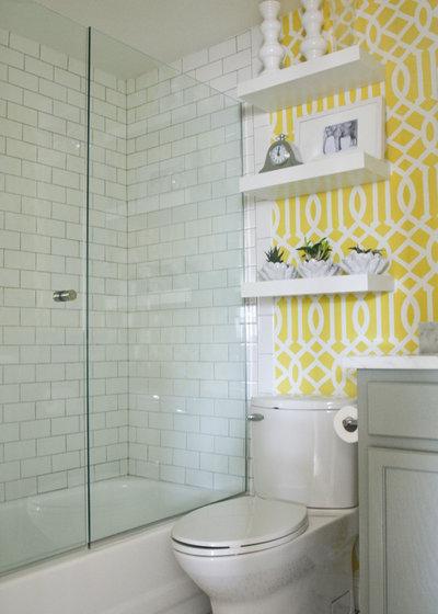 Popular Contemporary Bathroom by Stephanie Sabbe