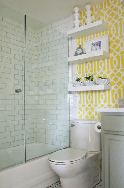 Contemporary Bathroom by Stephanie Sabbe
