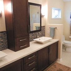 Contemporary Bathroom by Veronica Lawrence Interior Design