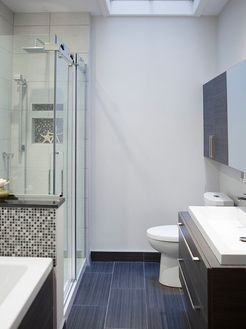 Bathroom design ideas renovations photos with laminate for Bathroom design montreal