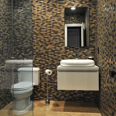 contemporary bathroom by Kitchen Designs by Ken Kelly, Inc. (CKD, CBD, CR)