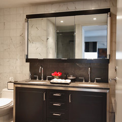 modern bathroom by Kitchen Designs by Ken Kelly, Inc. (CKD, CBD, CR)