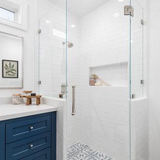 Knoll - Farmhouse Bathroom