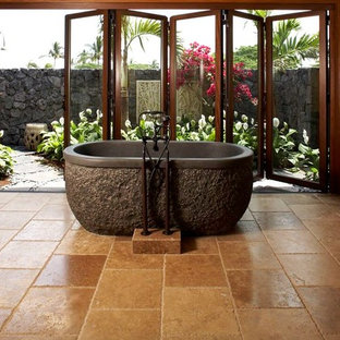 Bathroom - tropical bathroom idea in Hawaii