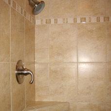 Tropical Bathroom by Design Savvy Maui, ASID