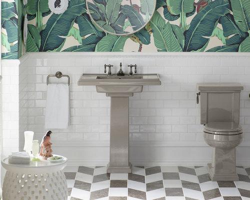 Bagno tropicale con pavimento in marmo foto idee arredamento