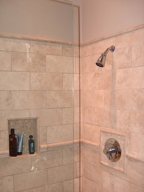 Modern Bathroom Design Ideas, Remodels & Photos with Raised-Panel Cabinets