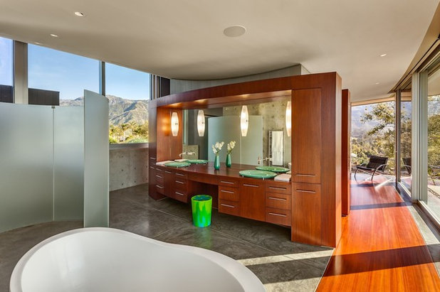 Modern Bathroom by Neumann Mendro Andrulaitis Architects LLP
