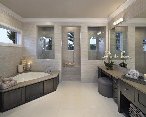 Salle de bain avec une baignoire d 39 angle photos et id es - Salle de bain douche italienne et baignoire ...