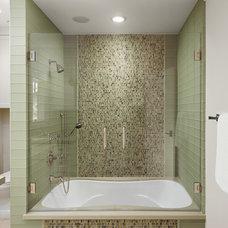 Contemporary Bathroom by Chelsea Construction Corporation