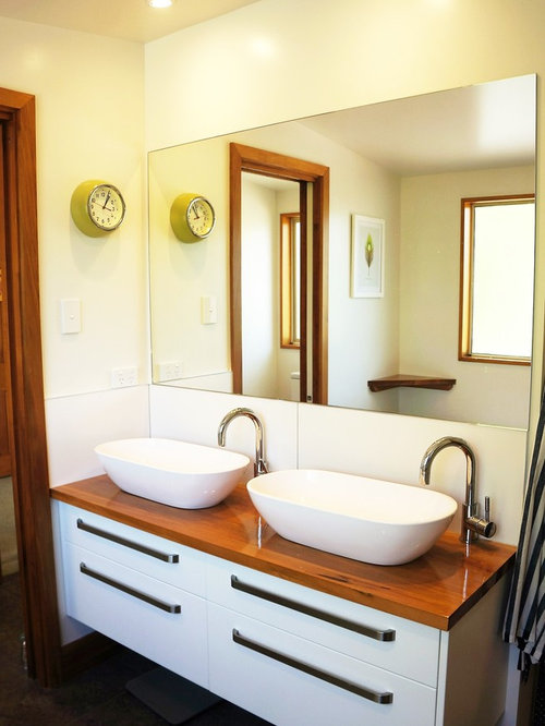 30 Trendy Farmhouse Christchurch Freestanding Bathtub Design Ideas ...