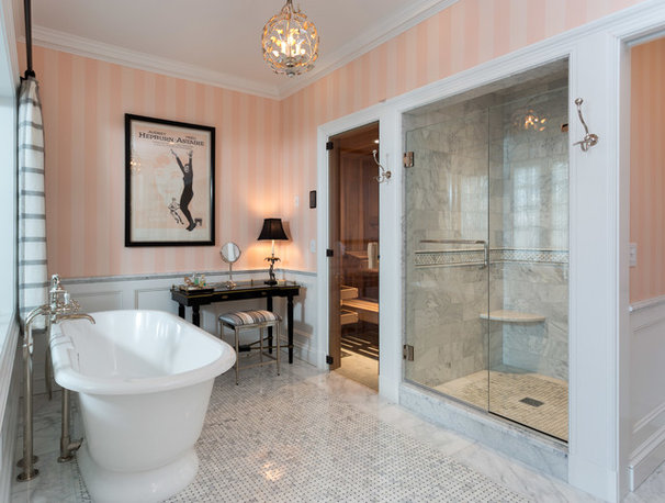 Room of the Day: Master Bath Wears Its Elegance Lightly