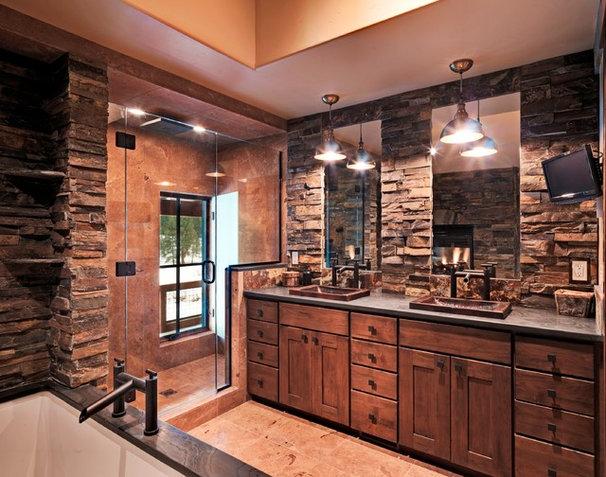Rustic Bathroom by Griggs Custom Homes, Inc