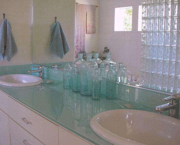 Traditional Bathroom by Nan Tofanelli