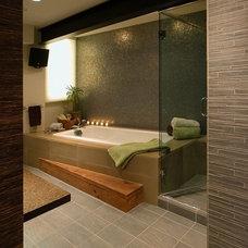 Contemporary Bathroom by GMK Architecture Inc