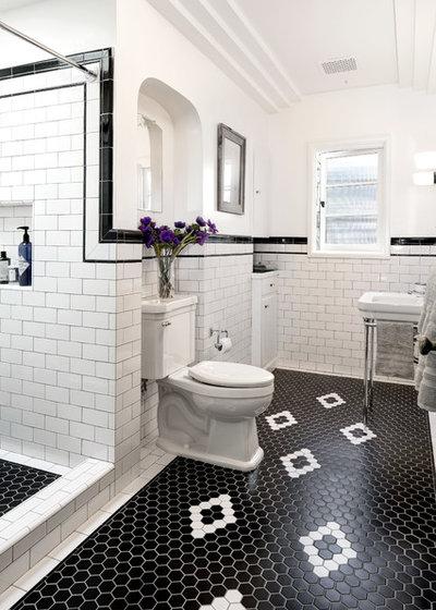 ヴィクトリアン 浴室 by JWT Associates