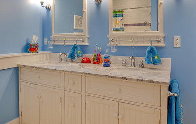 Kids' Spaces: Fun, Beachy Bathrooms