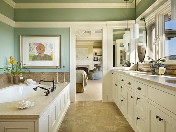 Mediterranean Bathroom by Gelotte Hommas Architecture
